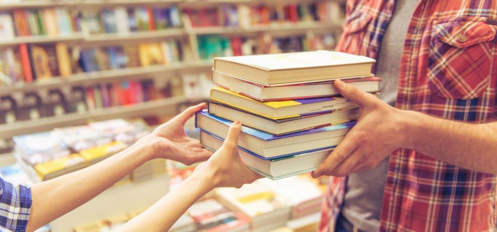 Какие книги чаще читают и покупают